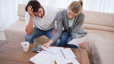 El desplome de los tipos de interés reales empuja a las familias a volver a endeudarse