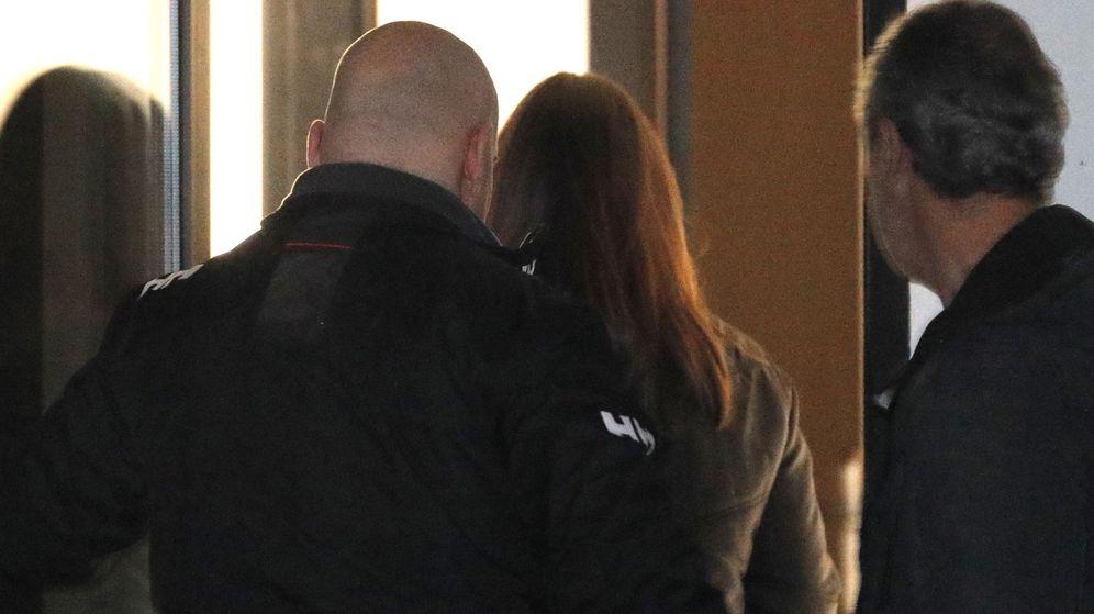 Foto: Rosario Rodríguez, esposa del asesino confeso de Diana Quer, en el juzgado el pasado 4 de enero. (EFE)