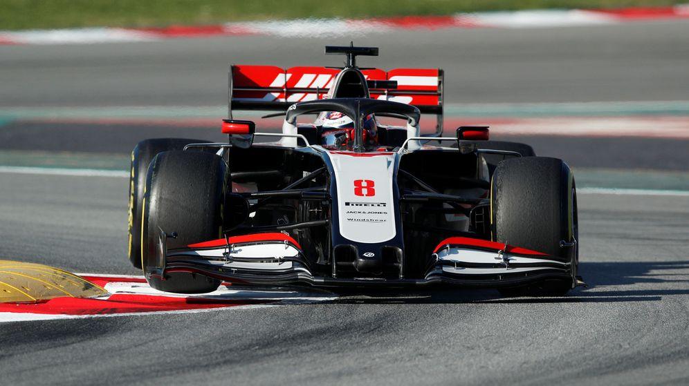 Foto: Romain Grosjean durante los test de pretemporada en Barcelona. (Reuters)