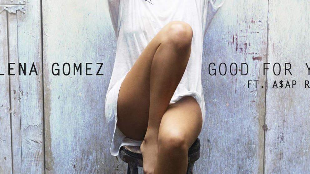 Selena Gomez sube la temperatura con un 'topless' en blanco y negro