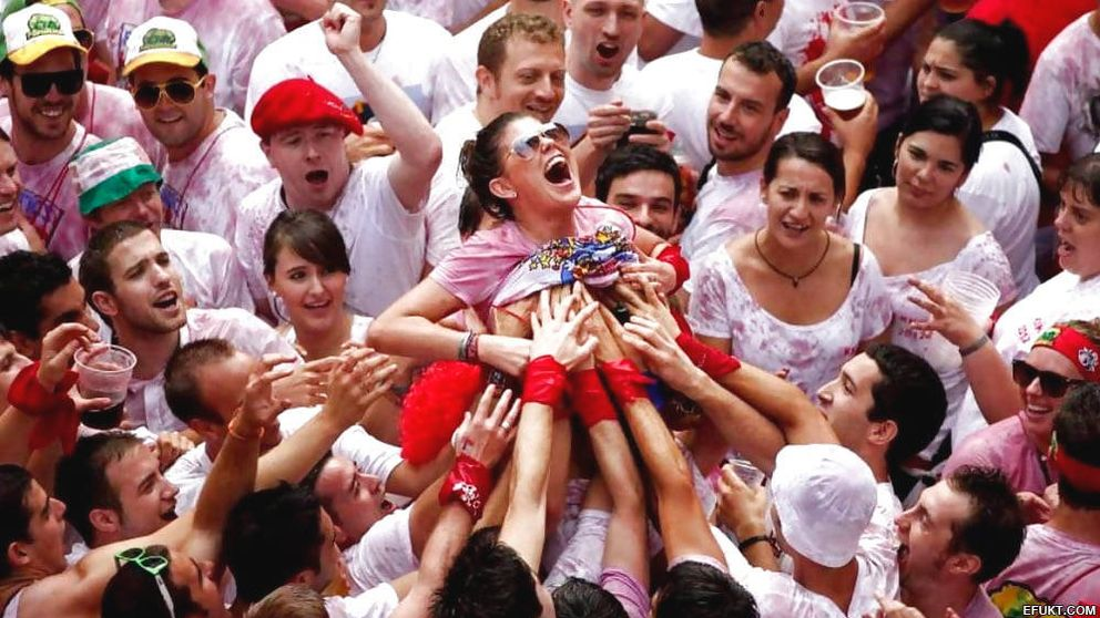 San Fermín intenta blanquearse: no hay más abusos que en Fallas o la Tomatina