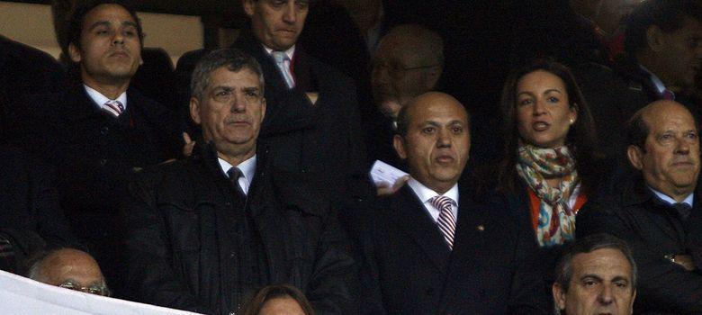 Foto: Villar junto a Del Nido en un partido de Copa de la temporada pasada. (EFE)