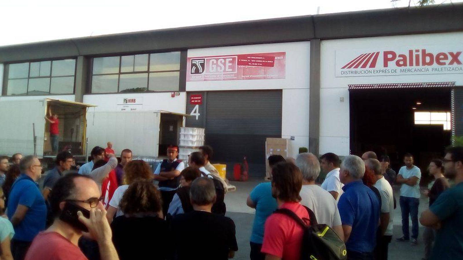 Foto: Operación de la Guardia Civil en Igualada. (Twitter)