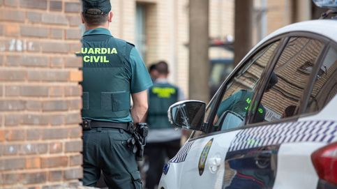 La Guardia Civil incauta 145 kilos de cocaína flotando en el mar