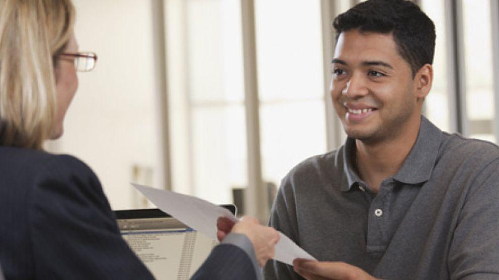 Cuatro elementos que conseguirán que seas contratado si aparecen en tu currículum