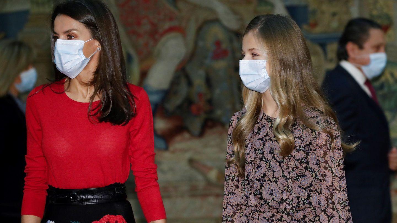 La reina Letizia y la princesa Leonor. (EFE)