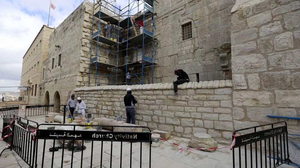 Foto: Trabajos de reconstrucción de la Basílica de la Natividad de Belén. (EFE)