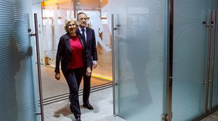 La indirecta de Carmena a Florentino y el recado de una futbolista a la Federación