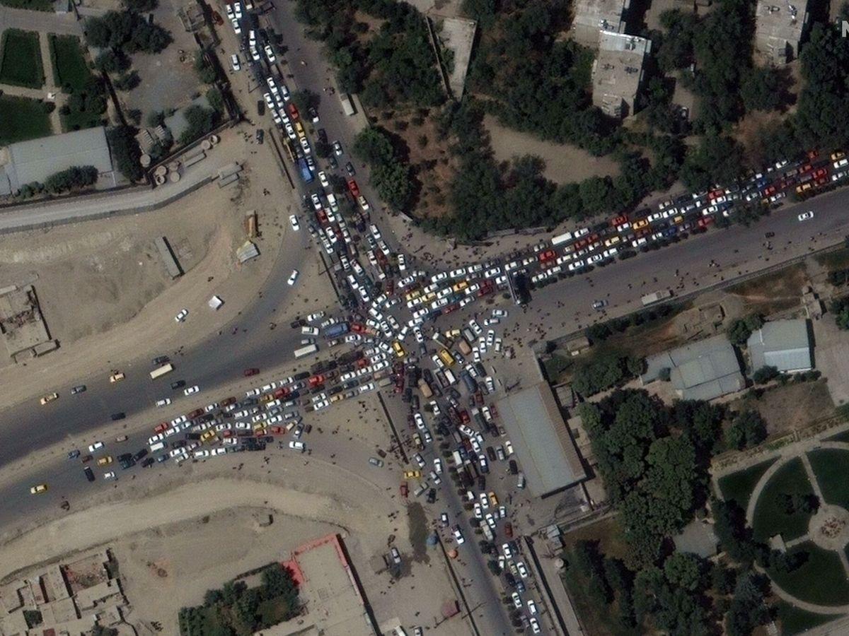 Foto: Vista aérea del aeropuerto de Kabul. (EFE)