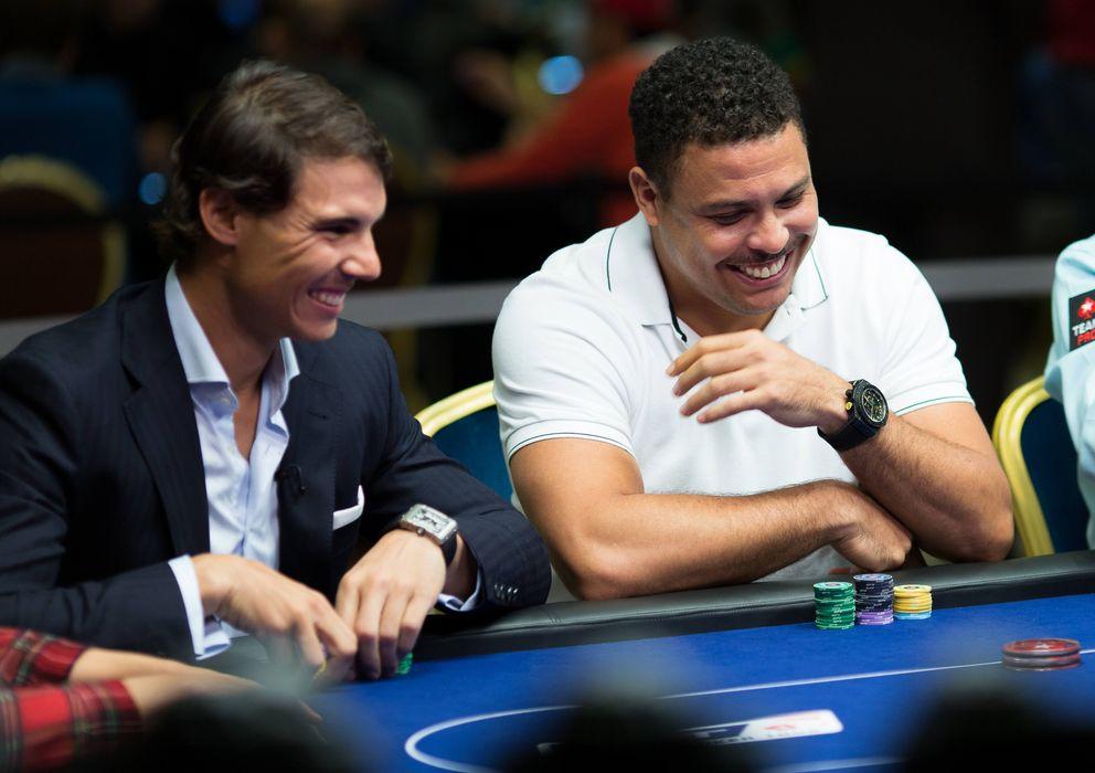 Foto: Rafa Nadal y Ronaldo, jugando una partida de póquer (PokerStars)