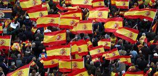 Post de Aficionados del Cádiz viajan en el autobús del PP para ir al partido ante el Alcorcón
