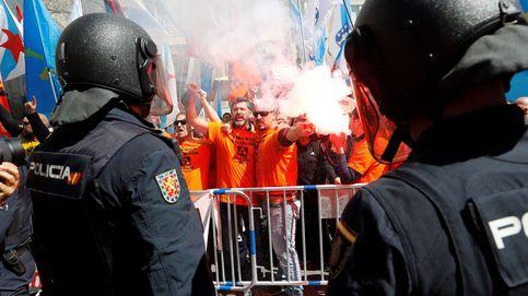 Caos en la manifestación de trabajadores de Alcoa: cargas policiales y un detenido