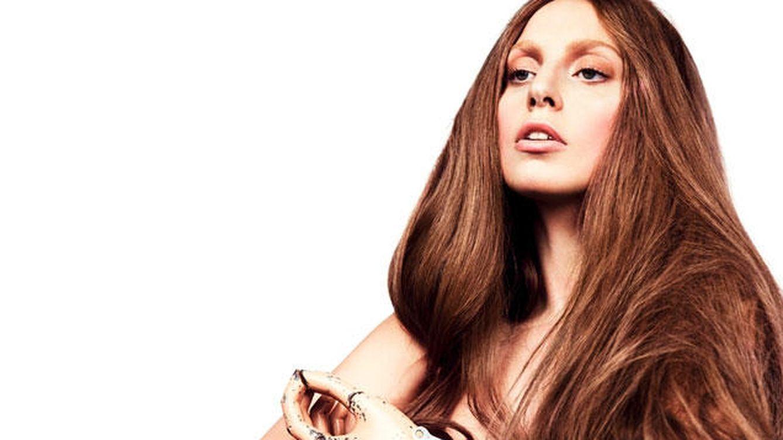Twitter - Lady Gaga alimenta los rumores de embarazo luciendo barriga en la playa