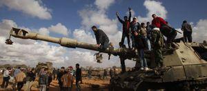 Foto: El régimen de Gadafi retiene a diez marineros en Trípoli