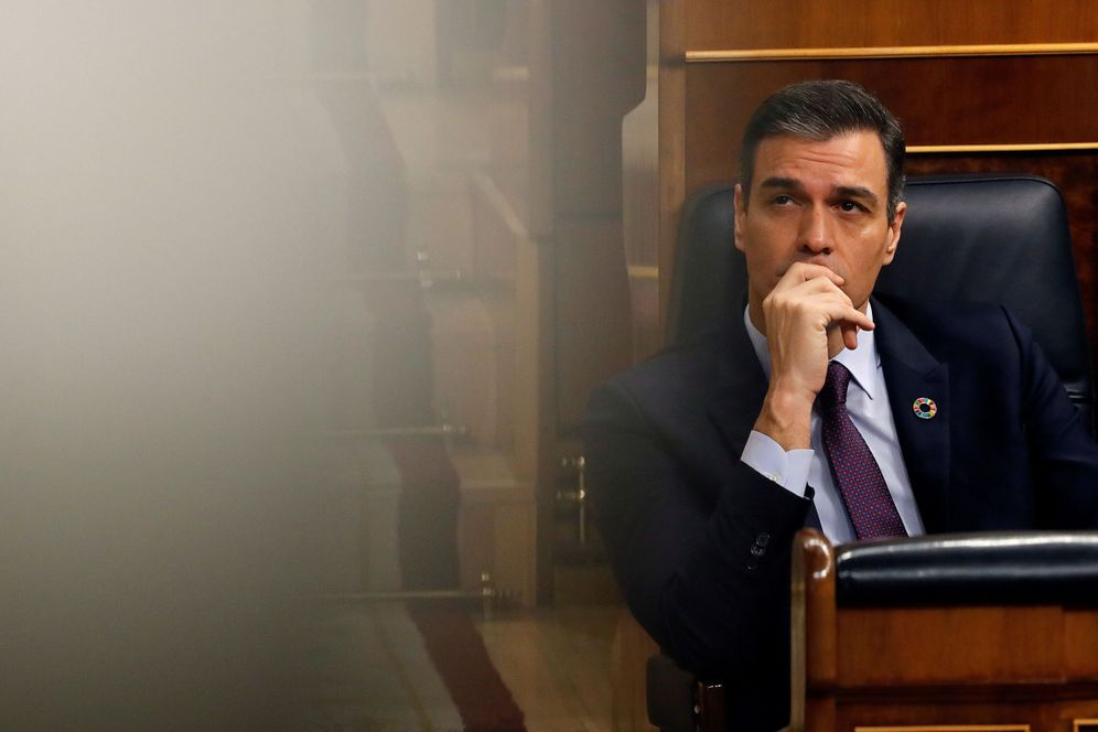 Foto: El presidente del Gobierno, Pedro Sánchez, este 12 de febrero en la sesión de control al Ejecutivo en el Congreso. (EFE)