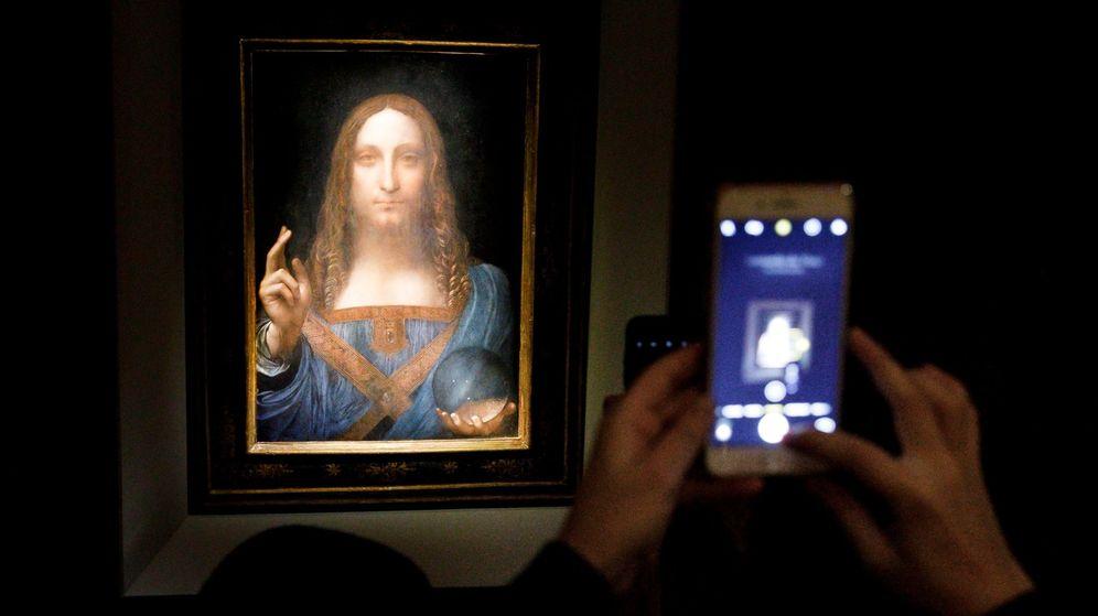 Foto: Salvator mundi es la obra más cara de la historia: se subastó en 450 millones de dólares (EFE/Justin Lane)