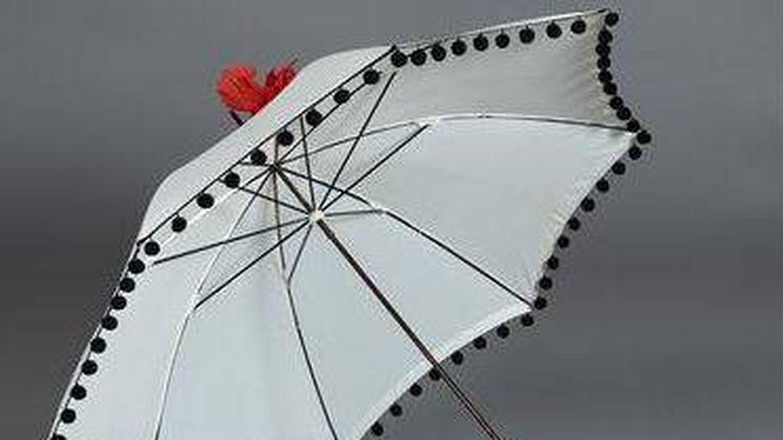 Sombrilla que formó parte del atrezo de 'Lo que el viento se llevó'. (Sedtart)