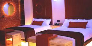 Gallegos y asturianos poseen nueve de cada diez hoteles de paso que hay en México