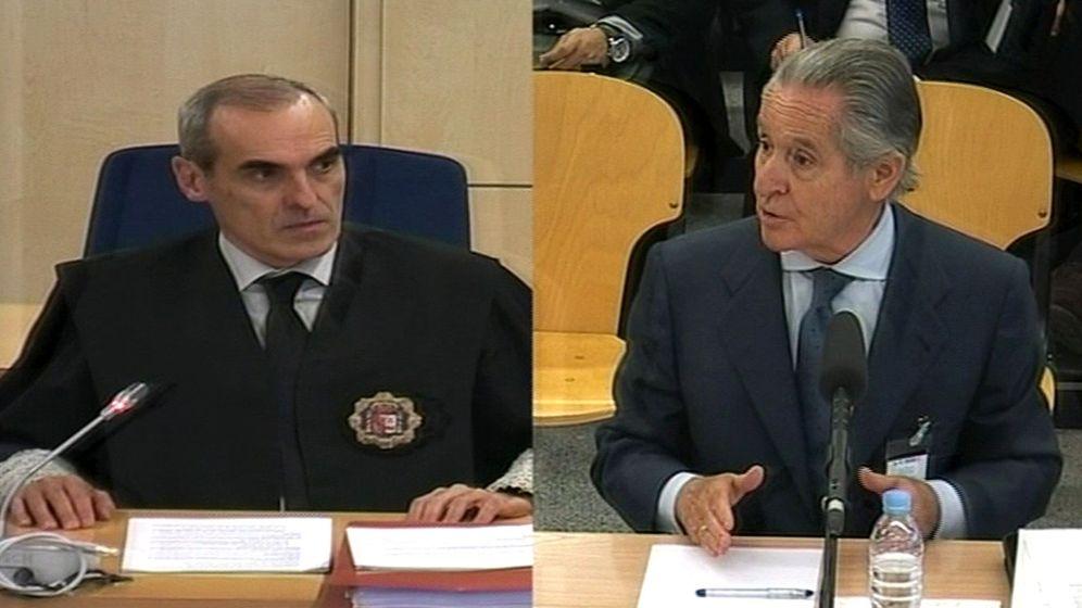 Foto: Alejandro Luzón en el juicio por tarjetas opacas de Caja Madrid. (EFE)