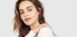 Post de 35 años de Emilia Clarke, rompedora de cánones de belleza y heredera del trono antibótox
