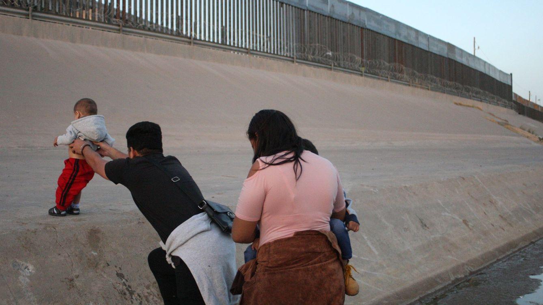 El Congreso de Estados Unidos aprueba 4.500 M para ayuda fronteriza