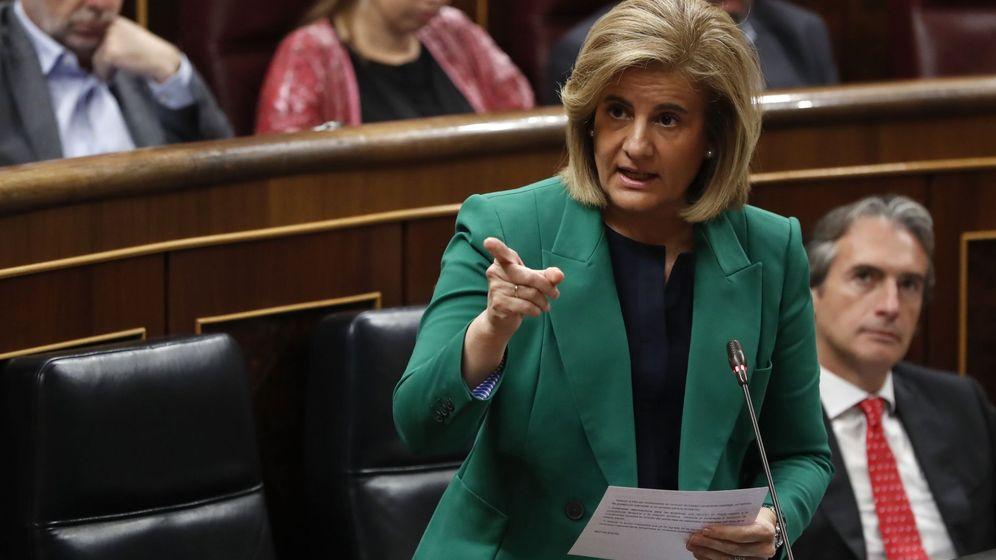 Foto: La ministra de Empleo, Fátima Báñez, en el Congreso. (EFE)
