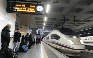 Renfe ingresa 815 millones gracias al AVE hasta agosto, un 7,3% más