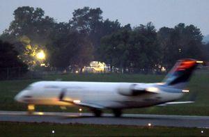 El avión que se estrelló en EEUU despegó de la pista equivocada