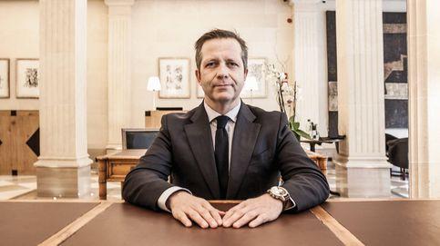 De empleado de banca a liderar el sector de cruceros de lujo en España