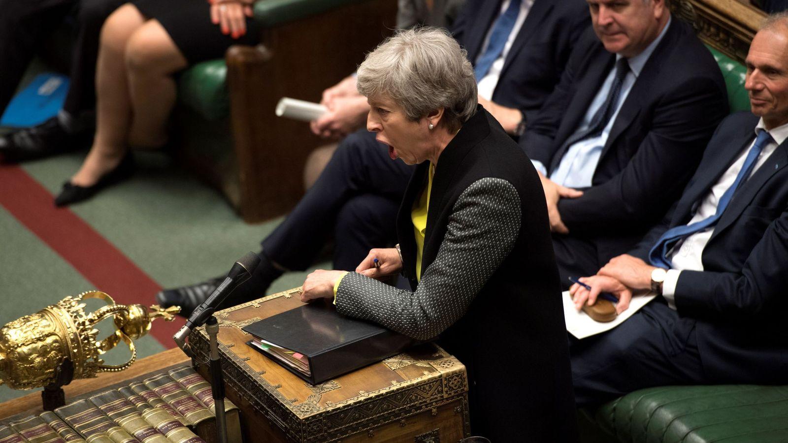 Foto: Theresa May comparece ante el Parlamento británico. (Reuters)
