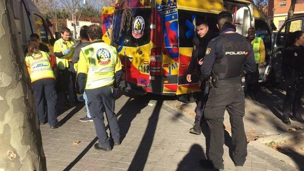 Foto: Personal de Emergencias Madrid y de la Policía Nacional.
