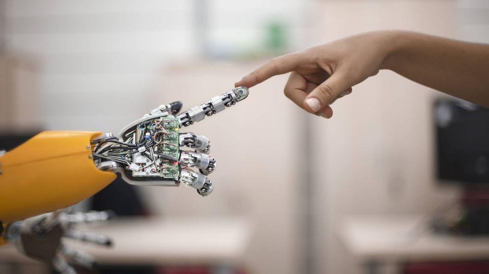 Foto: Ninguno de los tres bufetes cree que la tecnología vaya a destruir puestos de trabajo. (iStock)