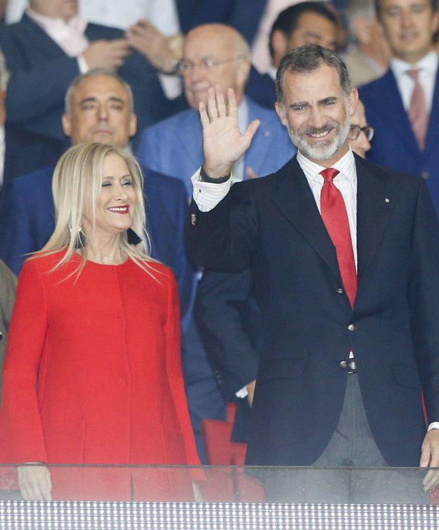 Foto:  Felipe VI junto a Cristina Cifuentes. (Gtres)