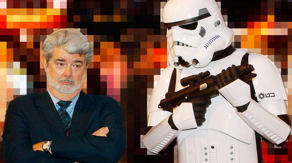 Foto: George Lucas con un soldado imperial