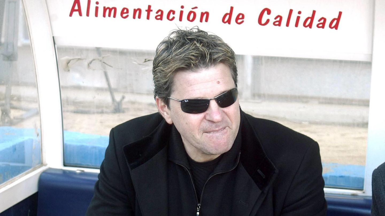 Dimitry Piterman, sentado en el banquillo.
