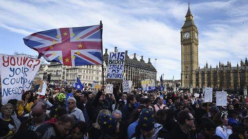 Miles de personas marchan contra el Brexit en Londres