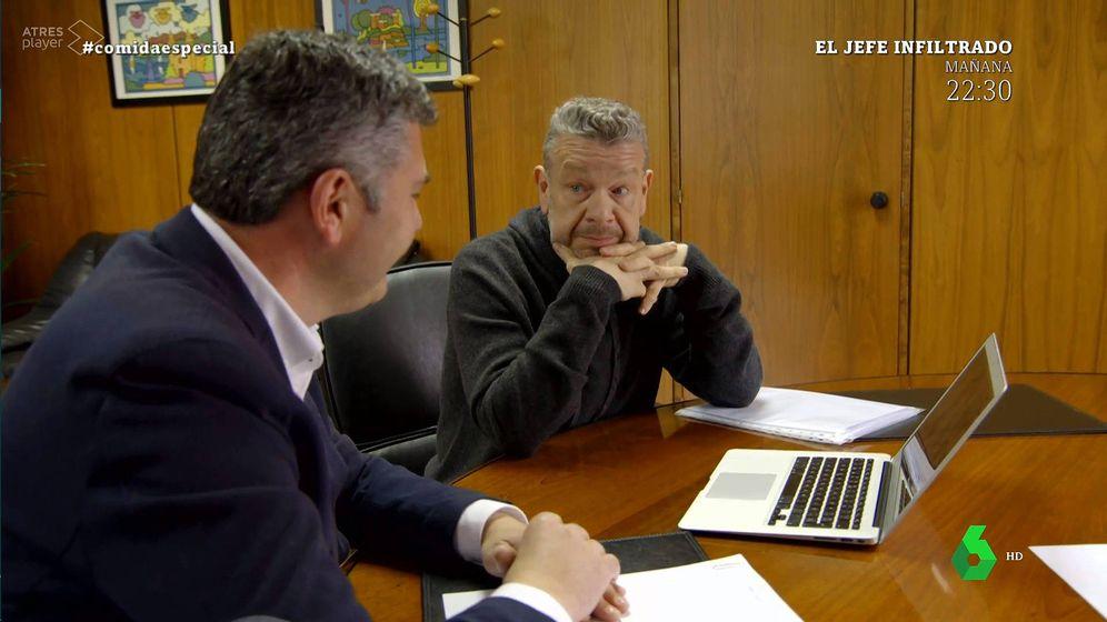 Foto: Alberto Chicote con el delegado territorial de A Coruña, en '¿Te lo vas a comer?'. (La Sexta)