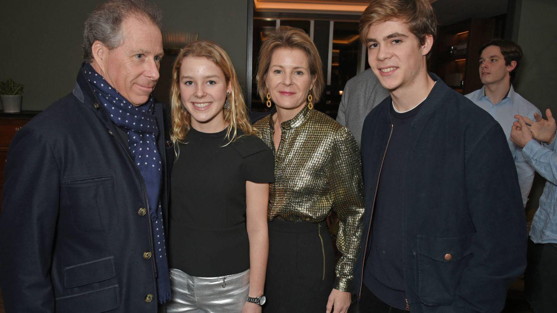 Los Snowdon con sus hijos. (Getty Images)