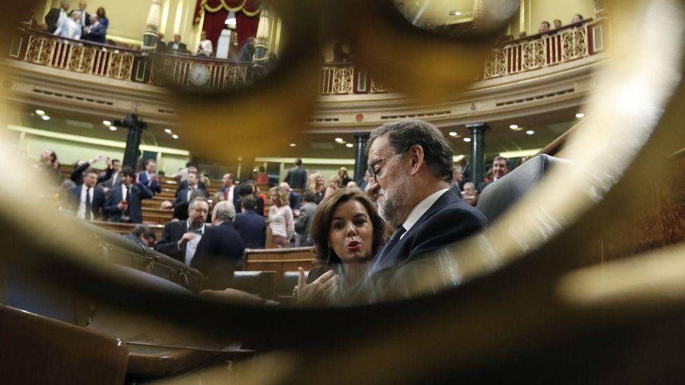 Rajoy confirma el poder de Santamaría y da entrada con fuerza a Cospedal