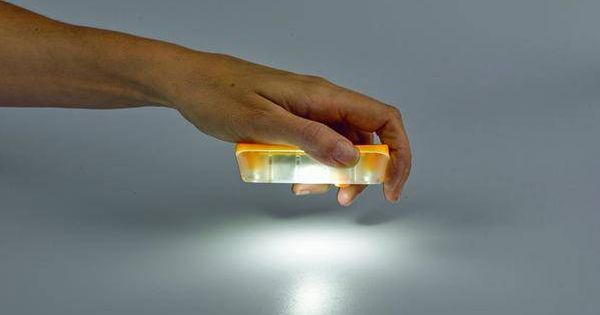 Esta-es-la-lampara-solar-mas-barata-del-mundo-cuesta-5-dolares-y-dura-8-horas