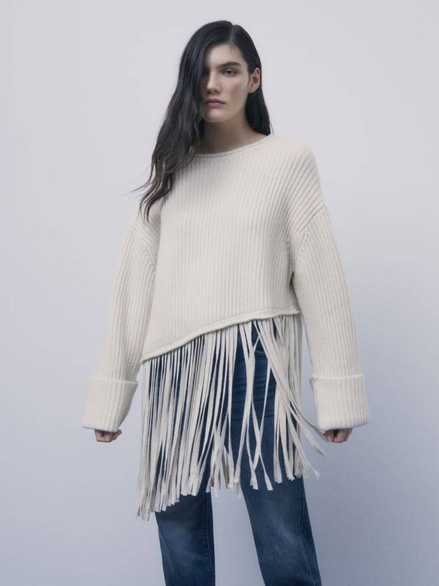 Jersey de flecos de Zara. (Cortesía)