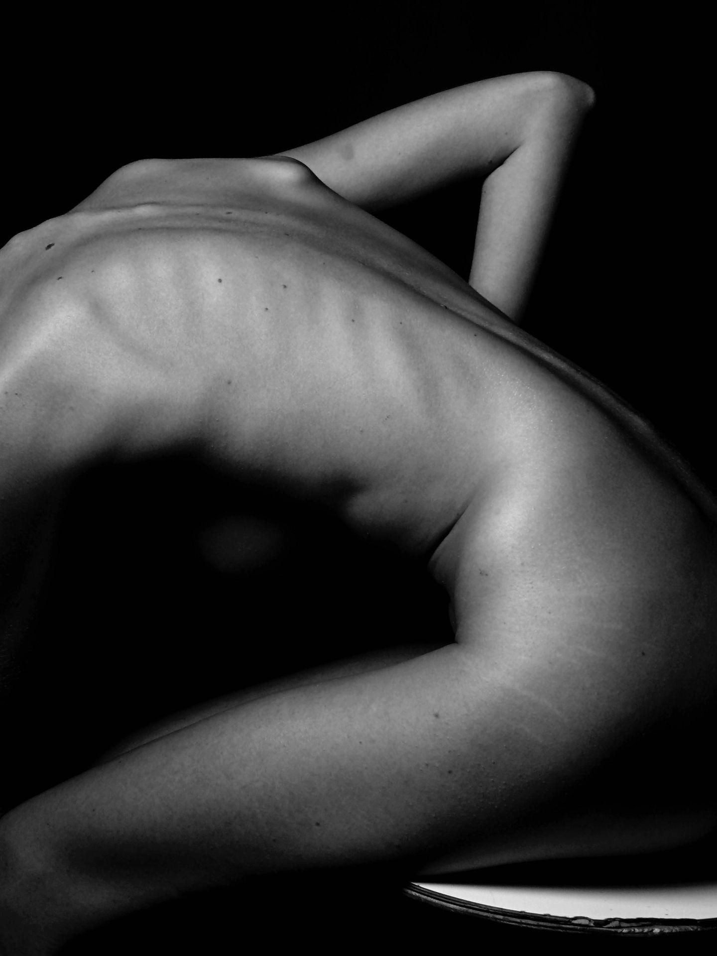 Las cremas hidratantes corporales deben adaptarse a nuestro tipo de piel.  (Unsplash)