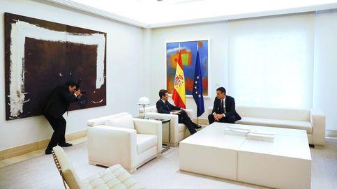 Sánchez y Casado abren una nueva etapa para reflotar el bipartidismo