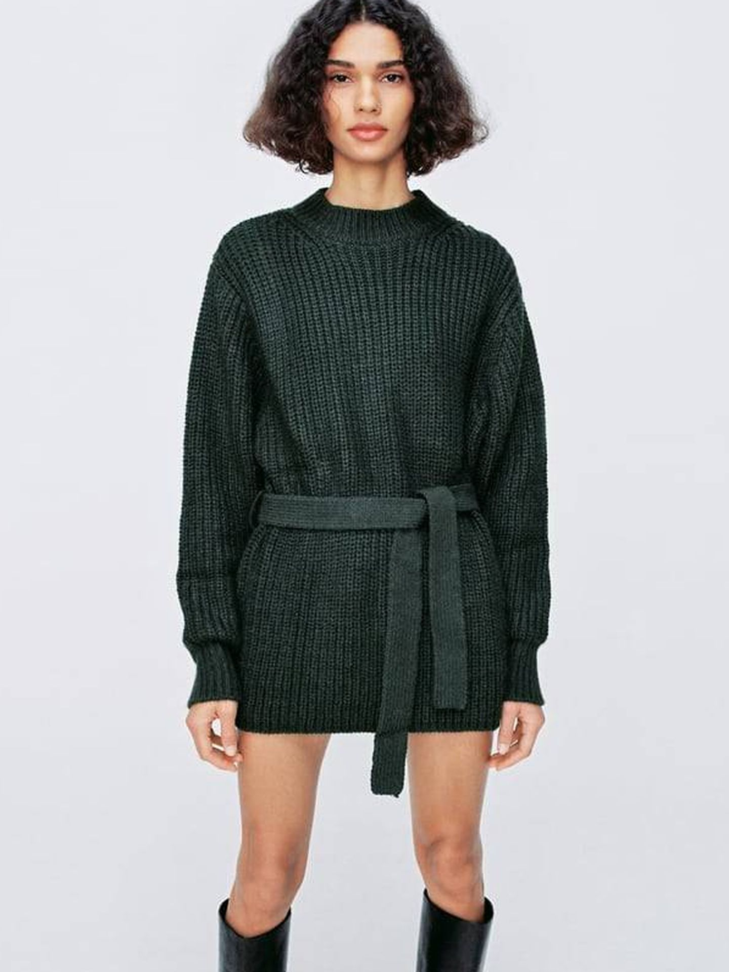 Jersey oversize de Zara. (Cortesía)