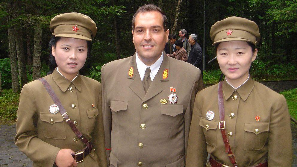 """Cao de Benós: """"La embajada de Corea del Norte no tiene ni aire acondicionado"""""""