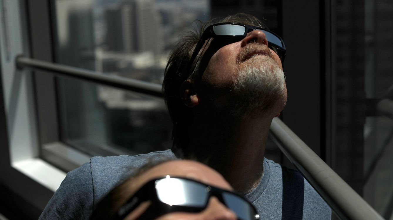 Eclipse solar del 21 de agosto: cómo verlo, dónde verlo y qué precauciones tomar
