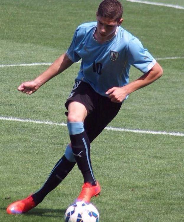 Foto: Federico Valverde, en un partido con Uruguay