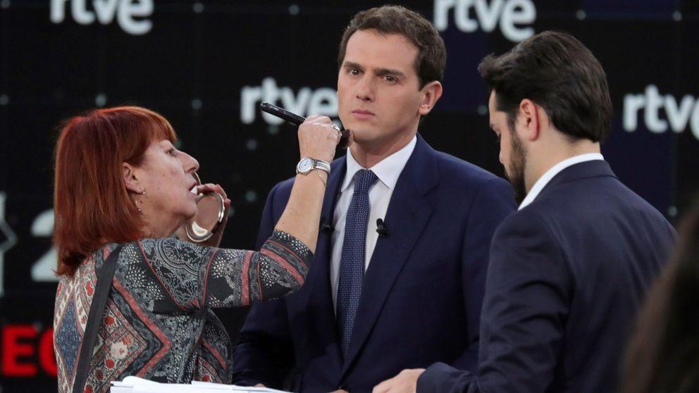 Rivera asedia a Sánchez y roba el plano a Casado en un debate sin gancho