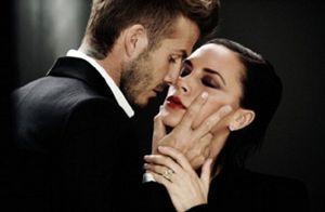 Los Beckham dan rienda suelta a la pasión en el anuncio de su nuevo perfume