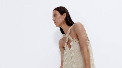 Te mereces el nuevo vestido plumeti fantasía de Uterqüe, descubre por qué